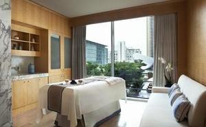 The Ritz-Carlton Spa(R), Dubai International Financial Centre Becomes First Spa in Middle East to Offer Aroma Radiance Lift System Facials by Aromatherapy Associates