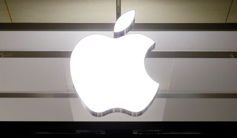 Apple not dominant in any market, plenty of rivals, senior executive says
