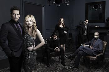Should someone take Sarah Michelle Gellar's place in the front of this photo? (Art Streiber/The CW)