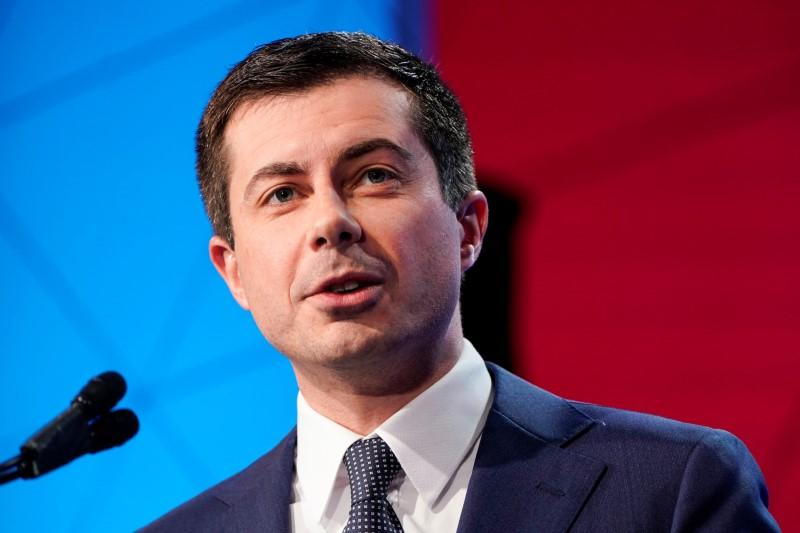 Democratic presidential candidate Buttigieg speaks to the U.S. Conference of Mayors in Washington