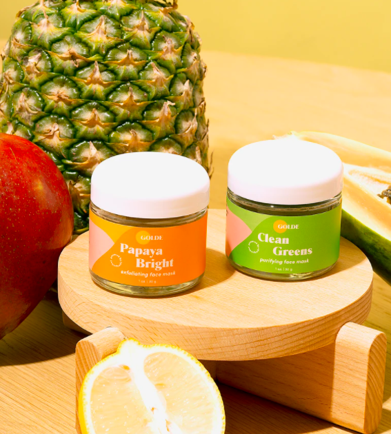 """<h3>Golde Superfood Masks Kit</h3><br>If she orders matcha, she'll appreciate the green — and very Instagrammable — aesthetic of these powder-to-gel face masks packed with superfoods.<br><br><strong>Golde</strong> Golde Superfood Masks Kit, $, available at <a href=""""https://go.skimresources.com/?id=30283X879131&url=https%3A%2F%2Fgolde.co%2Fcollections%2Fgifts%2Fproducts%2Fsuperfood-mask-duo"""" rel=""""nofollow noopener"""" target=""""_blank"""" data-ylk=""""slk:golde"""" class=""""link rapid-noclick-resp"""">golde</a>"""