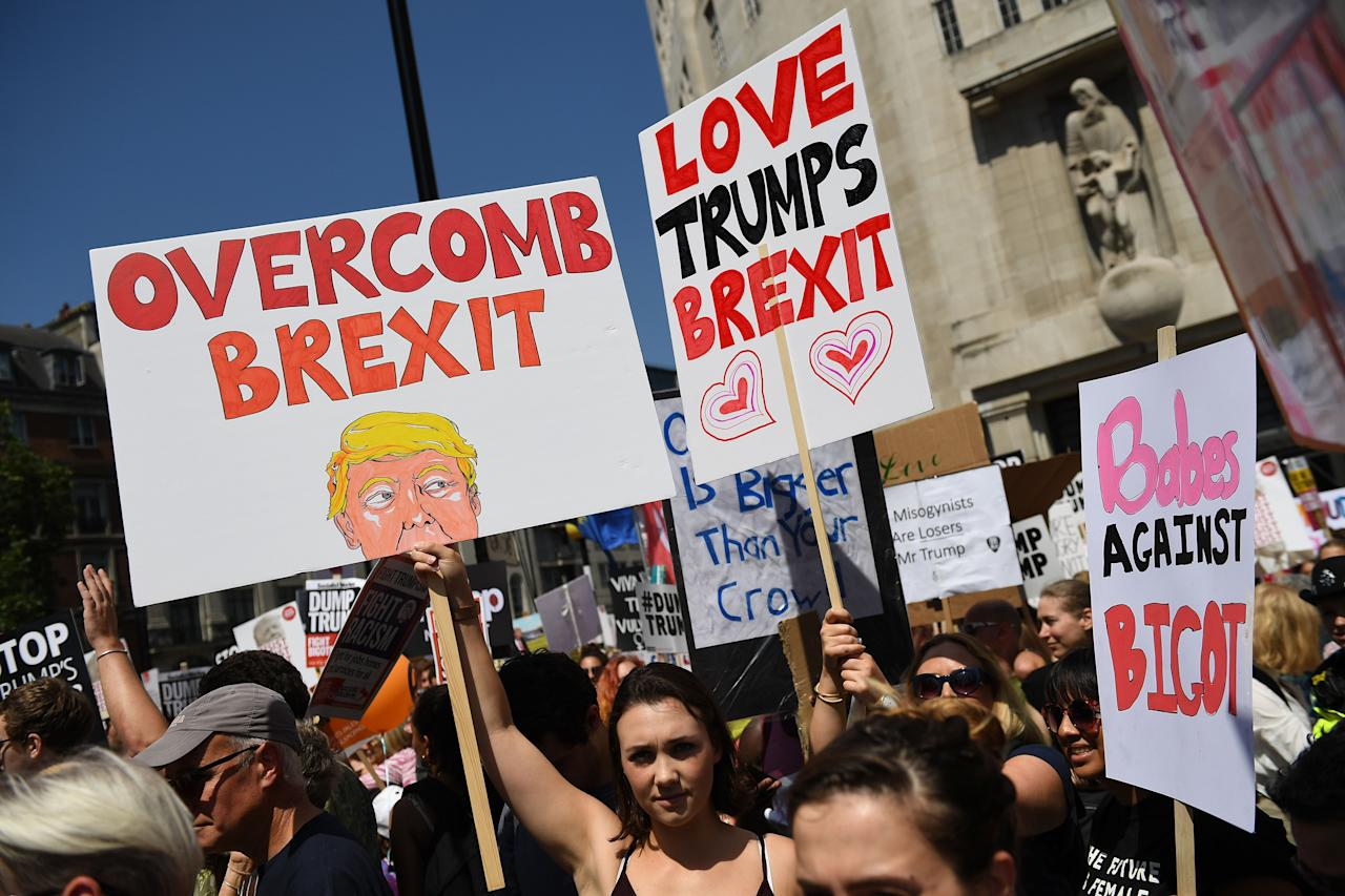 <p>Protesters gather in central London to demonstrate against President Trump's visit to the UK, on July 13, 2018 in London, England. (Photo: Chris J Ratcliffe/Getty Images) </p>