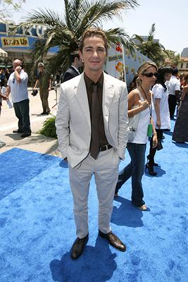 "Premiere: <a href=""/movie/contributor/1804503925"">Shia LaBeouf</a> at the premiere of Columbia Pictures' <a href=""/movie/1809418890/info"">Surf's Up</a> - 6/2/2007<br>Photo: <a href=""http://www.wireimage.com/"">Eric Charbonneau, WireImage.com</a>"