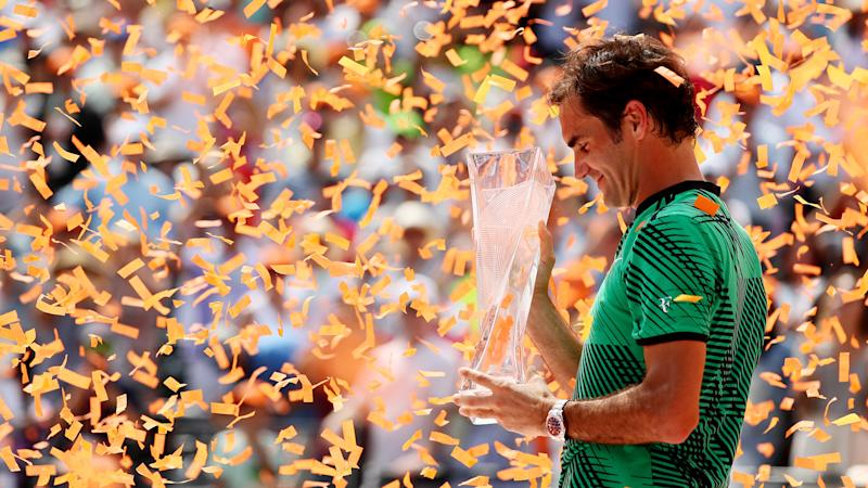 Knee concerns behind Federer's clay decision