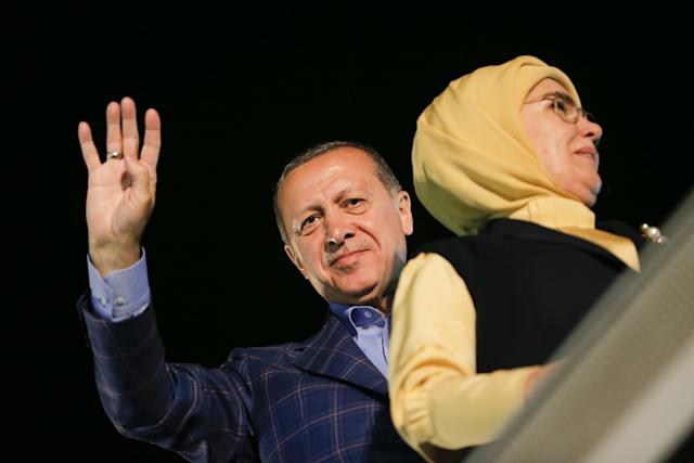 04_17_Erdogan_Assassin_01