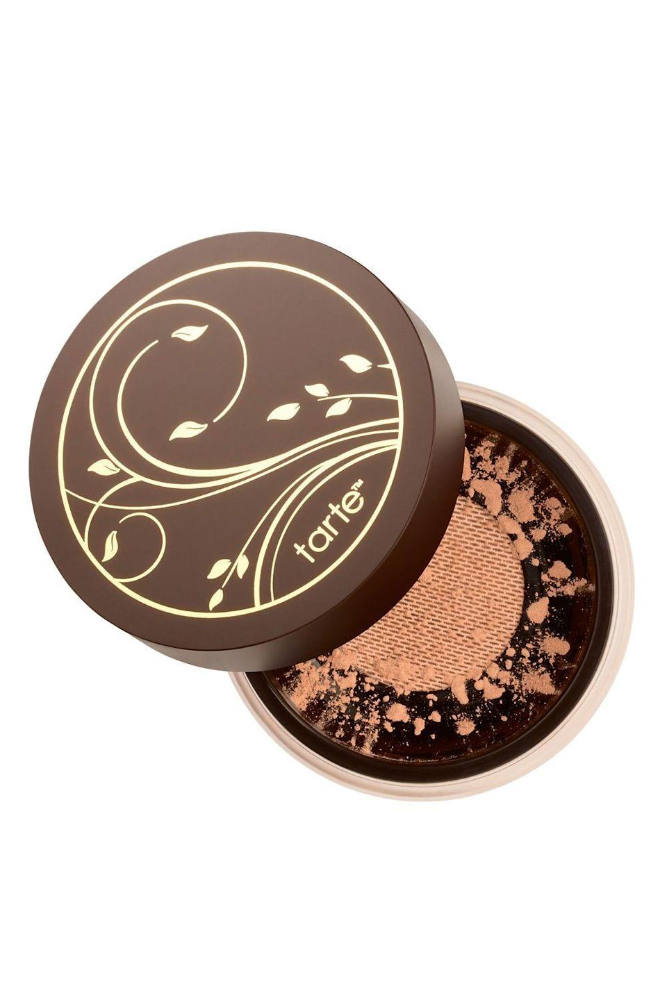 "<p><strong>Tarte Cosmetics</strong></p><p><strong>$36.00</strong></p><p><a href=""https://go.redirectingat.com?id=74968X1596630&url=https%3A%2F%2Fwww.ulta.com%2Famazonian-clay-full-coverage-airbrush-foundation%3FproductId%3DxlsImpprod5560095&sref=https%3A%2F%2Fwww.cosmopolitan.com%2Fstyle-beauty%2Fbeauty%2Fg33351245%2Fbest-natural-foundations%2F"" rel=""nofollow noopener"" target=""_blank"" data-ylk=""slk:Shop Now"" class=""link rapid-noclick-resp"">Shop Now</a></p><p>Don't let anyone tell you some B.S. about <a href=""https://www.cosmopolitan.com/style-beauty/beauty/g20126849/organic-skin-care-brands-products/"" rel=""nofollow noopener"" target=""_blank"" data-ylk=""slk:natural"" class=""link rapid-noclick-resp"">natural</a> foundations ""not lasting"", because this <a href=""https://www.cosmopolitan.com/style-beauty/beauty/g26757968/best-waterproof-foundation/"" rel=""nofollow noopener"" target=""_blank"" data-ylk=""slk:waterproof powder foundation"" class=""link rapid-noclick-resp"">waterproof powder foundation</a> from Tarte <strong>stays put on skin for a full 12 hours</strong>. It's made with gentle mineral pigments and oil-absorbing Amazonian clay to give skin a matte, airbrushed effect that lasts all damn day.</p>"