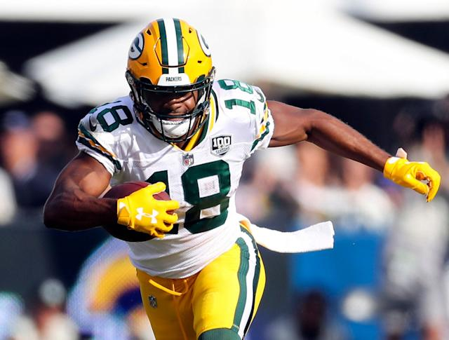 Green Bay Packers wide receiver Randall Cobb (18) will be one of the best pass catchers available in free agency. (AP)