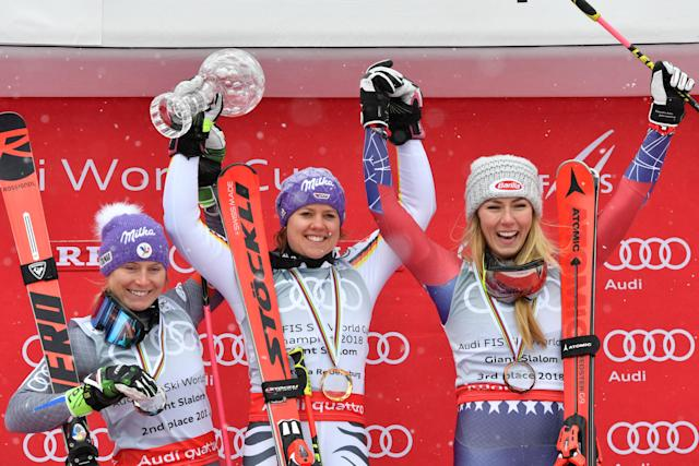 Alpine Skiing - FIS Alpine Skiing World Cup Finals 2018 - Are, Sweden - March 18, 2018. Tessa Worley of France, second placed, winner Viktoria Rebensburg of Germany and Mikaela Shiffrin of the U.S., third placed, pose with the World Cup Giant Slalom trophy. TT News Agency/Anders Wiklund/ via REUTERS ATTENTION EDITORS - THIS IMAGE WAS PROVIDED BY A THIRD PARTY. SWEDEN OUT. NO COMMERCIAL OR EDITORIAL SALES IN SWEDEN