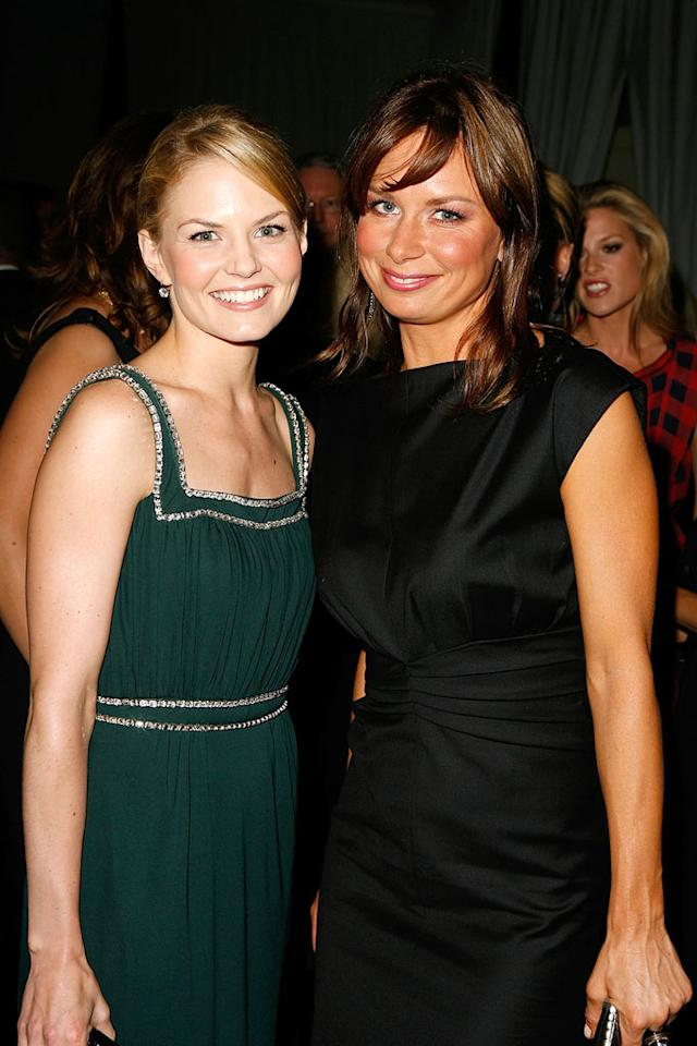 """""""House's"""" Jennifer Morrison and """"24's"""" Mary Lynn Rajskub smile for the camera. Jeff Vespa/<a href=""""http://www.wireimage.com"""" target=""""new"""">WireImage.com</a> - October 15, 2007"""