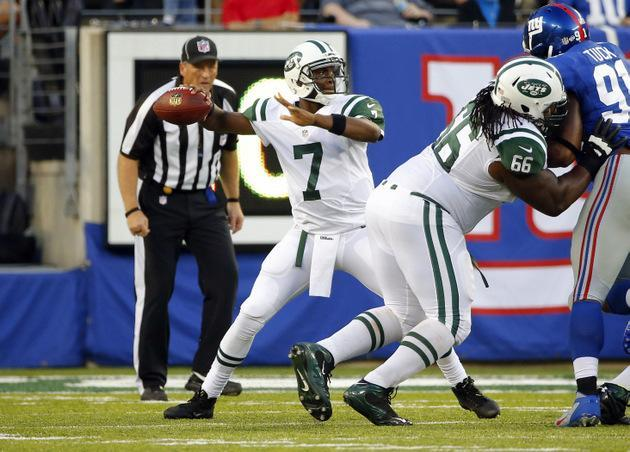 Geno Smith has some horrible mistakes in bid to win job, but then Mark Sanchez gets hurt