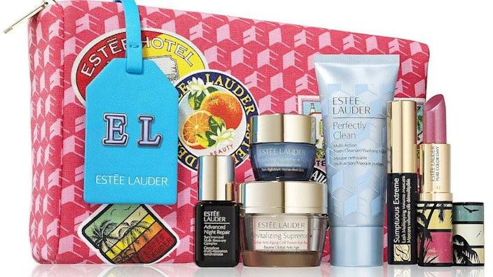 Get a free bag of goodies with your purchase of $39.50 or more in Estée Lauder makeup at Macy's.