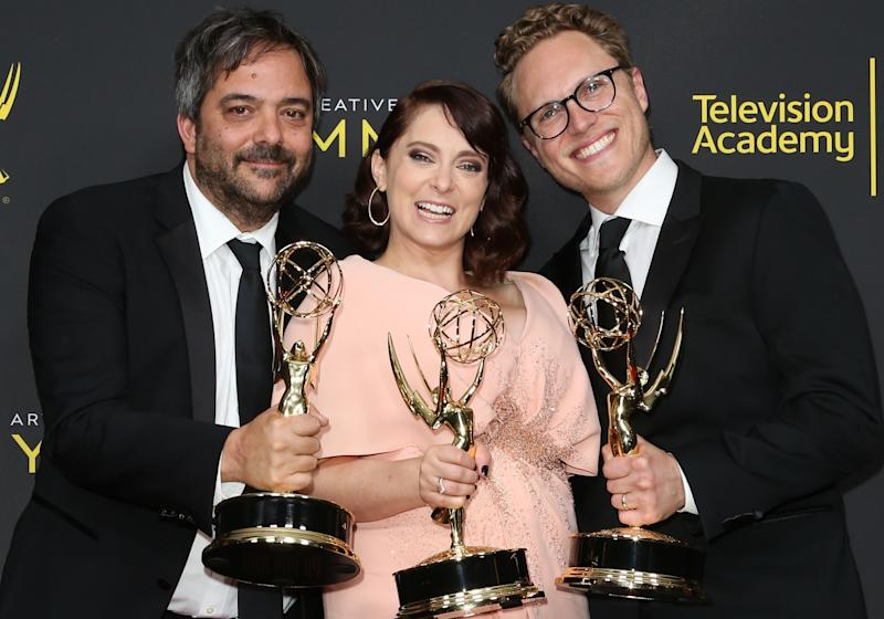 LOS ANGELES, CALIFORNIA - SEPTEMBER 14: (L-R) Adam Schlesinger, Rachel Bloom and Jack Dolgen pose for photos in the press room for the 2019 Creative Arts Emmy Awards on September 14, 2019 in Los Angeles, California. (Photo by Paul Archuleta/FilmMagic)