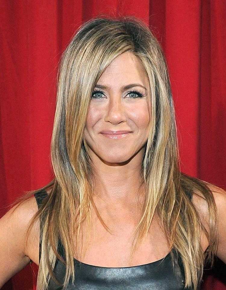 LOS ANGELES, CA - JANUARY 09:  Actress Jennifer Aniston attends the 39th Annual People's Choice Awards at Nokia Theatre L.A. Live on January 9, 2013 in Los Angeles, California.  (Photo by Michael Buckner/Getty Images for PCA)