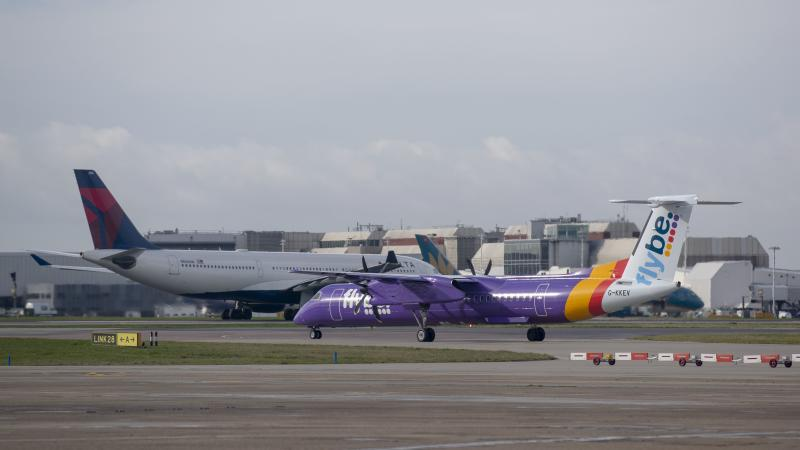 Flybe 'in rescue talks over collapse risk'