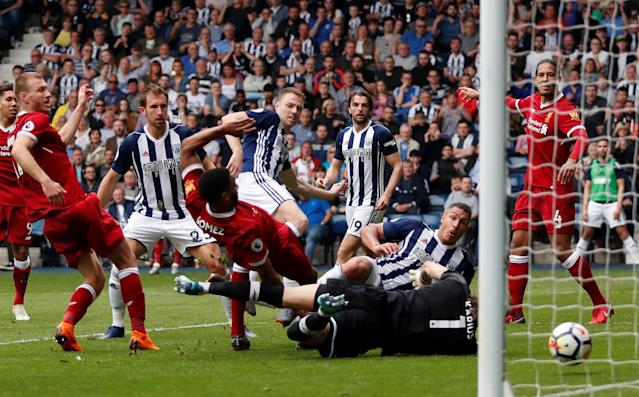 """Soccer Football - Premier League - West Bromwich Albion v Liverpool - The Hawthorns, West Bromwich, Britain - April 21, 2018 West Bromwich Albion's Jake Livermore scores their first goal Action Images via Reuters/Andrew Boyers EDITORIAL USE ONLY. No use with unauthorized audio, video, data, fixture lists, club/league logos or """"live"""" services. Online in-match use limited to 75 images, no video emulation. No use in betting, games or single club/league/player publications. Please contact your account representative for further details."""