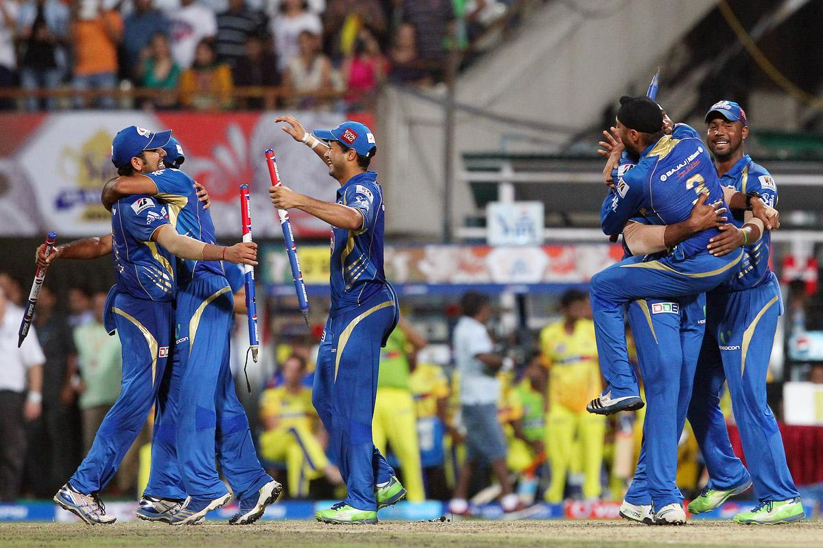 Kieron Pollard and Mumbai Indians celebrate the win during the Final of the Pepsi Indian Premier League between The Chennai Superkings and the Mumbai Indians  held at the Eden Gardens Stadium in Kolkata on the 26th May 2013.(BCCI)