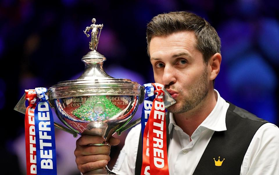 Mark Selby beats Shaun Murphy to win fourth World Snooker Championship title - GETTY IMAGES