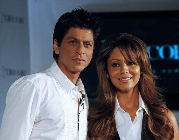 "<p>We are used to seeing King Khan professing love to Kajol, Aishwarya and Rani. But none of these fabricated stories stand a comparison to SRK's real love story. Gauri was visiting Mumbai with friends when Shah Rukh chased her down and the beaches of Mumbai beheld as our hero broke down into tears promising his heart and unconditional love for Gauri. Ya Ya, Gauri cried too. The rest is a Disney-esque ""Happily Ever After"". </p>"