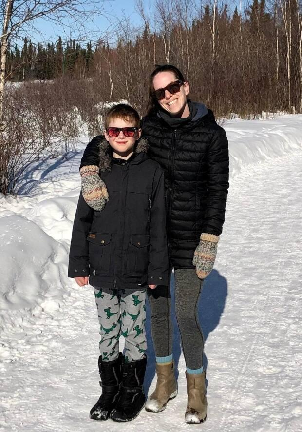 Ravan Bedingfield says her 11-year-old son has mild symptoms after being diagnosed with COVID-19. She gave CBC permission to use this photo of the two of them. (Submitted by Ravan Bedingfield - image credit)