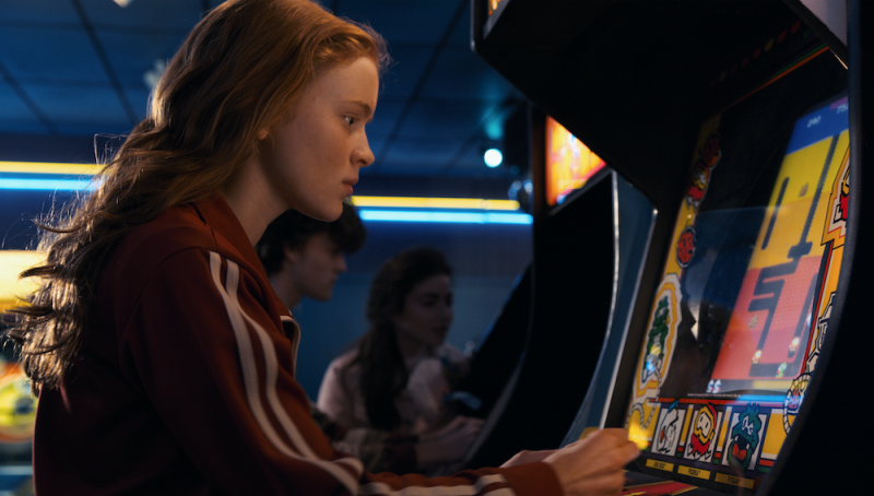 Try out some classic arcade games for yourself to see if you can beat Max's high score. — Picture courtesy of Netflix