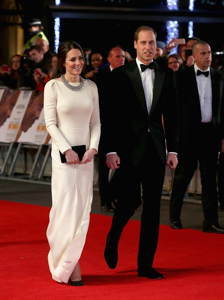 LONDON, ENGLAND - DECEMBER 05: Catherine, Duchess of Cambridge and Prince William, Duke of Cambridge attend the Royal film performance of 'Mandela: Long Walk to Freedom' at Odeon Leicester Square on December 5, 2013 in London, England. (Photo by Chris Jackson - WPA Pool/Getty Images)