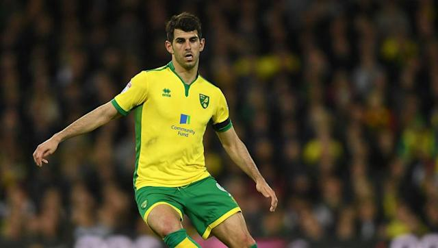 <p>The Portuguese striker was dropped from the League Cup victory over Swindon earlier in August after the 26-year-old celebrated his opening-day equaliser over Fulham rather robustly, aiming gestures at Farke, who'd benched Oliveira. </p> <br><p>Nonetheless, all has been forgotten after Oliveira apologised and helped himself to his side's opener just after half-time to set them on their way. Expect to see him make his second consecutive start on Saturday. </p>