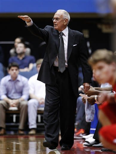 SMU head coach Larry Brown instructs his team in the first half of an NCAA college basketball game against Utah, Wednesday, Nov. 28, 2012, in Dallas. (AP Photo/Tony Gutierrez)