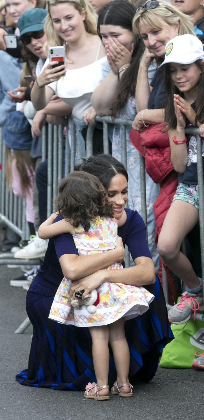 <p>And here she is giving a little fan a hug in New Zealand in October 2018. Too cute!</p>