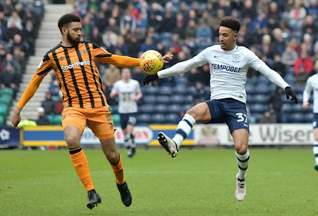 "Soccer Football - Championship - Preston North End vs Hull City - Deepdale, Preston, Britain - February 3, 2018 Preston's Callum Robinson in action with Hull City's Michael Hector Action Images/Paul Burrows EDITORIAL USE ONLY. No use with unauthorized audio, video, data, fixture lists, club/league logos or ""live"" services. Online in-match use limited to 75 images, no video emulation. No use in betting, games or single club/league/player publications. Please contact your account representative for further details."