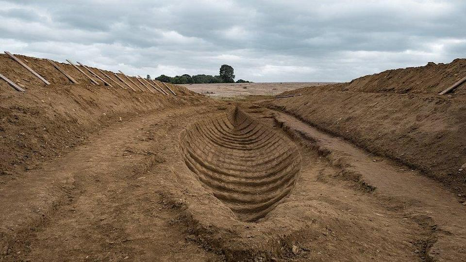 Sutton Hoo as it is represented in The Dig