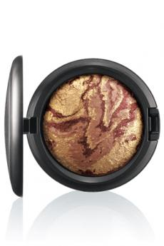 Heavenly Creature Mineralize Skinfinish in Earthshine