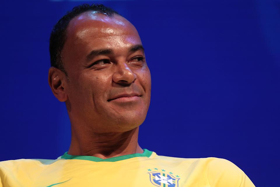 In addition to the almost R$ 2 million, Cafu asks for compensation for moral and material damages in the amount of R$ 100 thousand