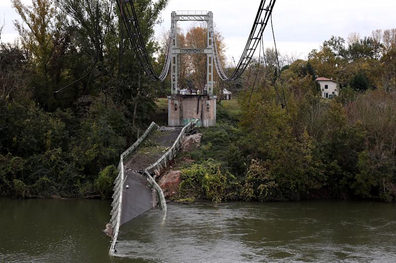 Picture of the suspension bridge which collapsed in the Tarn river in Mirepoix-sur-Tarn, near Toulouse, southern France, 18 November 2019.