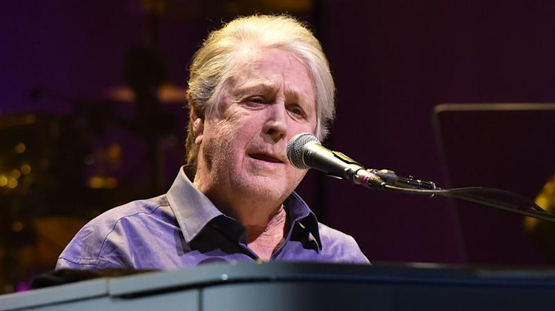 brian wilson to perform beach boys christmas album on holiday tour - Beach Boys Christmas