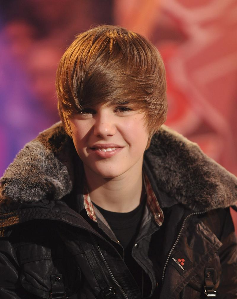 Aside from minor changes in its swoop, Bieber stayed notably consistent with his look between 2008 and 2010.