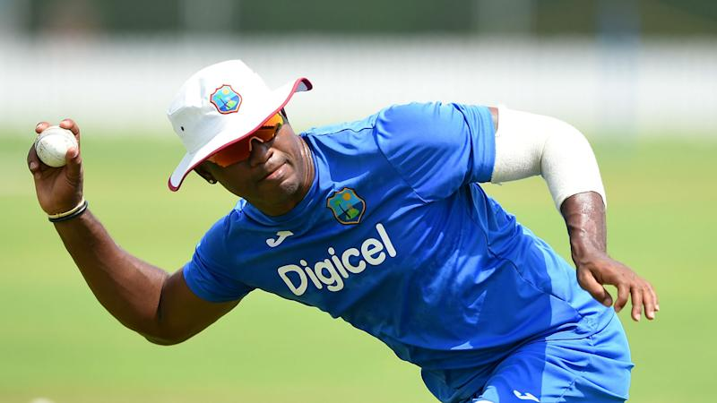 Samuels cleared to resume bowling for West Indies