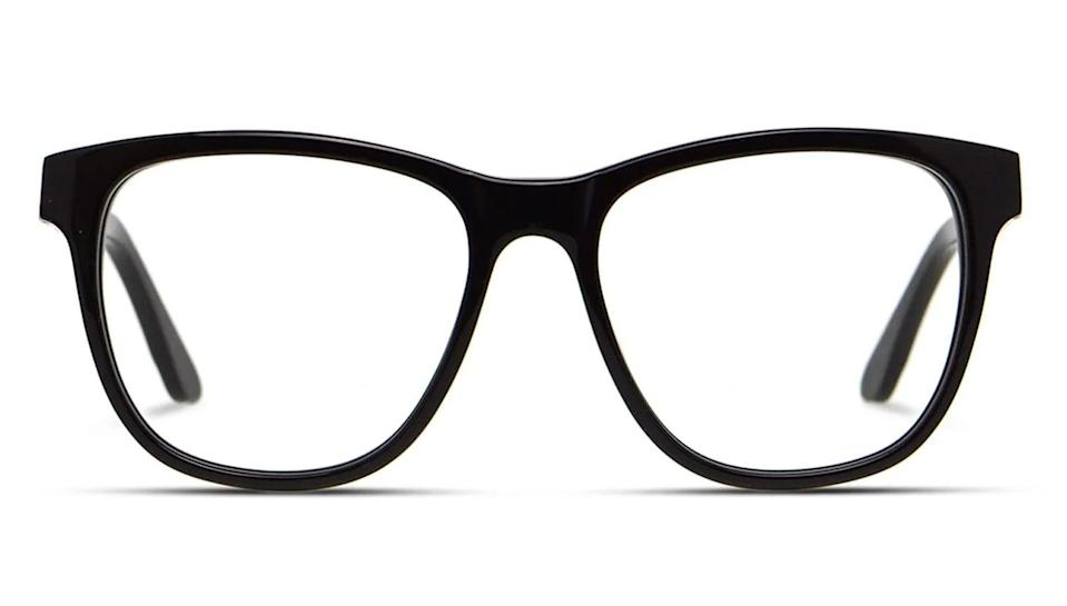 These classic frames are available in four different colors,