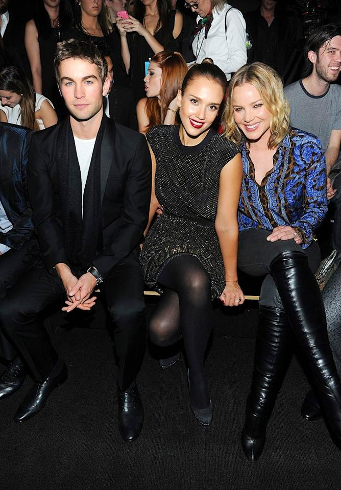 """Chace Crawford (""""Gossip Girl""""), Jessica Alba, and Abbie Cornish looked like they were having a grand old time. (11/8/2011)"""