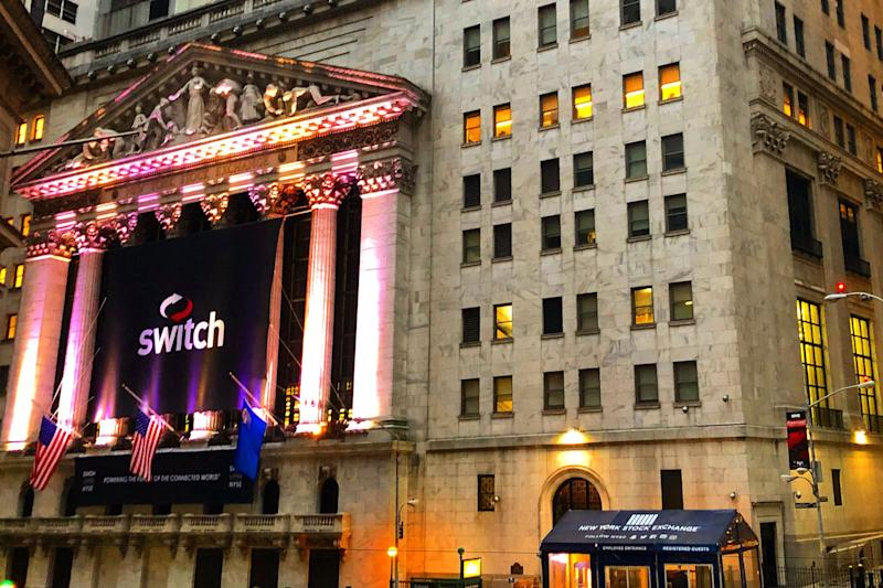 Switch Turns On Investors In Trading Debut, IPO Raises $531 Mil.