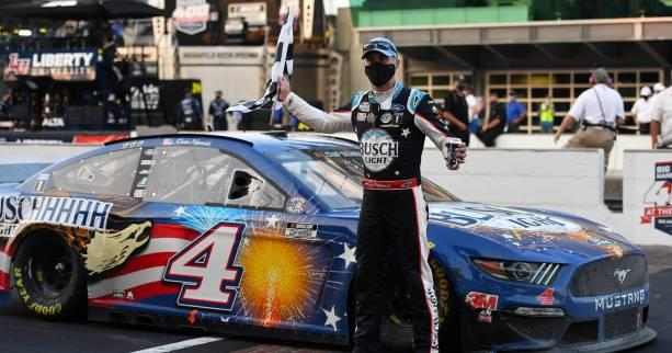 Auto - Nascar - Nascar : Kevin Harvick s'impose à Indianapolis