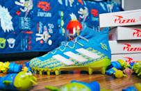 <p>Imagine how awesome your kiddo is going to look on the field while donning a pair of colorful Adidas Aliens x Freak Football Cleats.</p>