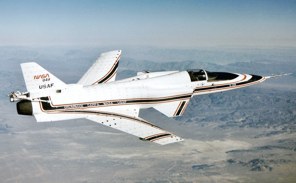 """<p>With its distinctive forward-swept wings, the X-29 is instantly recognizable. Built as an experimental testbed for high-tech composites, radical airframe design, and computer-controlled flight systems, the <a href=""""https://www.cnn.com/style/article/grumman-x-29-nasa-darpa-fighter-plane/index.html"""" rel=""""nofollow noopener"""" target=""""_blank"""" data-ylk=""""slk:X-29 was alarmingly unstable in the air"""" class=""""link rapid-noclick-resp"""">X-29 was alarmingly unstable in the air</a>. An onboard digital flight computer corrected its flight path up to 40 times a second to keep it from tumbling out of the sky. </p>"""