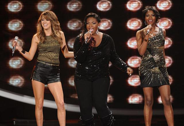 "Angie Miller, Candice Glover and Amber Holcomb perform The Supremes' & The Temptations' ""I'm Gonna Make You Love Me"" on the Wednesday, March 27 episode of ""American Idol."""