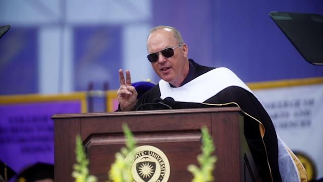 Michael Keaton giving his commencement speech at his alma mater, Kent State University, in Ohio. (Photo: AP)