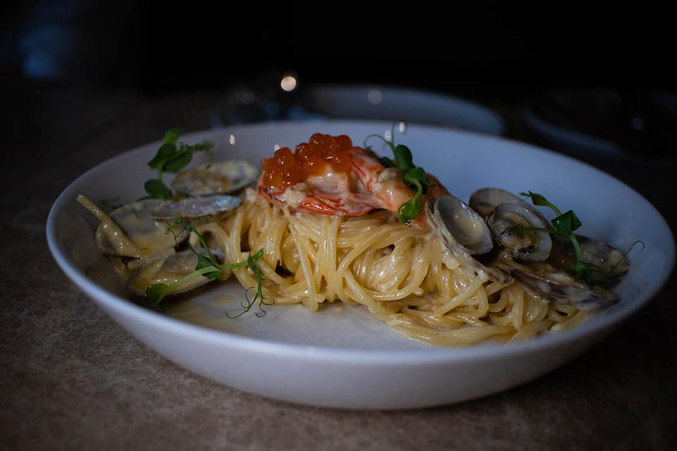 Seafood Alfredo (PHOTO: Zat Astha/Yahoo Lifestyle SEA)