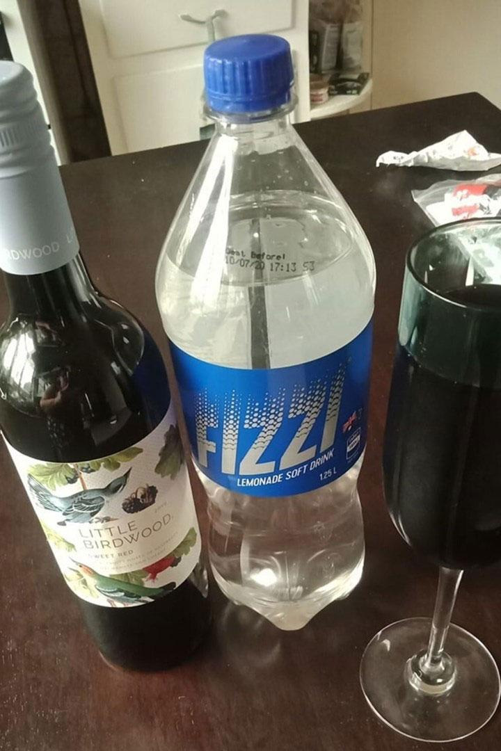 Aldi red wine and lemonade slushie