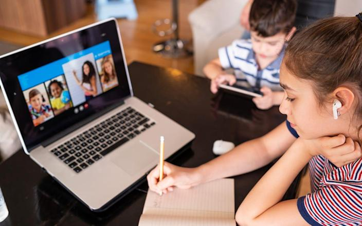 """<span class=""""caption"""">Will it take longer for students to graduate because of the pandemic?</span> <span class=""""attribution""""><a class=""""link rapid-noclick-resp"""" href=""""https://www.gettyimages.com/detail/photo/teenage-girl-studying-with-video-online-lesson-at-royalty-free-image/1216391310"""" rel=""""nofollow noopener"""" target=""""_blank"""" data-ylk=""""slk:valentinrussanov/E+ via Getty Images"""">valentinrussanov/E+ via Getty Images</a></span>"""
