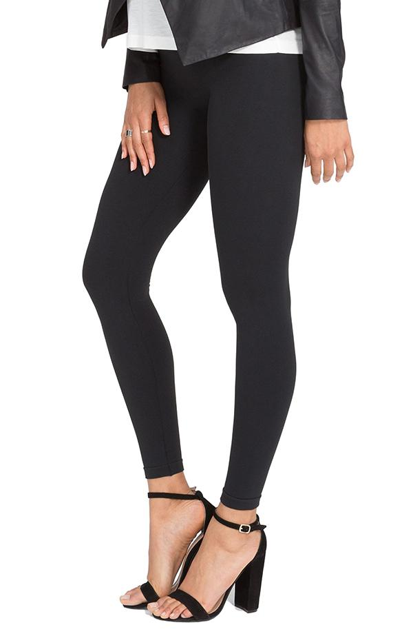 These shaping leggings are available in black and camo. (Photo: Nordstrom)