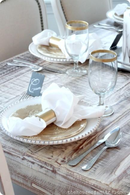 "<div class=""caption-credit""> Photo by: The House Of Smiths</div><div class=""caption-title""></div><b>Gold Striped Napkin Rings</b> <br> Just a little trip to the hardware store and you can have some pretty new napkin rings in no time. The gold will go great with most everything, and make it look super classy, too! <br> <i>See more here on <a rel=""nofollow"" href=""http://www.thehouseofsmiths.com/2012/12/diy-gold-rimmed-dinner-glasses-striped.html"" target=""_blank"">The House Of Smiths</a></i>"