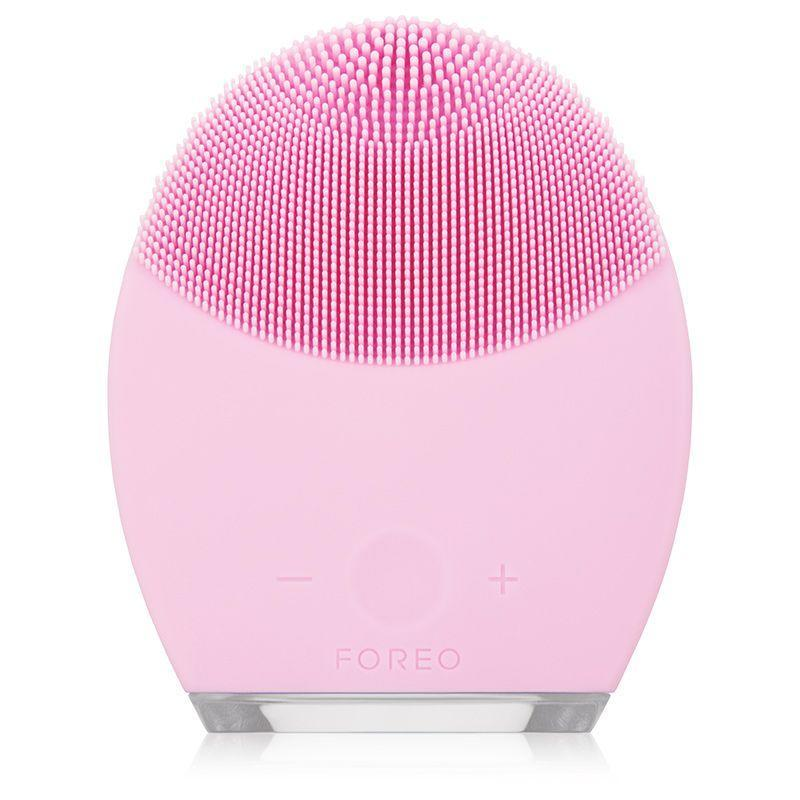 "<p><strong>FOREO</strong></p><p>dermstore.com</p><p><strong>$169.00</strong></p><p><a href=""https://go.redirectingat.com?id=74968X1596630&url=https%3A%2F%2Fwww.dermstore.com%2Fproduct_LUNA%2B2%2Bfor%2BNormal%2BSkin_67481.htm&sref=https%3A%2F%2Fwww.goodhousekeeping.com%2Fbeauty-products%2Fg35046904%2Fbest-facial-cleansing-brushes%2F"" rel=""nofollow noopener"" target=""_blank"" data-ylk=""slk:Shop Now"" class=""link rapid-noclick-resp"">Shop Now</a></p><p>As pretty as it is useful, this silicone scrubber pulsates as you glide it across your skin. Instead of a spinning brush head like many facial cleansing devices, this silicone device vibrates (and is much easier to clean!). Dr. Hogan personally uses this brush. ""The device has two sides—a brush side made of silicone bristles that are non-abrasive and hygienic, and a massage side that helps break up oil and dirt while also increasing circulation,"" she says. Bonus: The brand claims that one charge lasts for 450 uses, so if you use the device twice a day, <strong>you only have to charge it once every seven months</strong>. </p>"